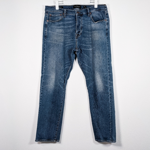 Lucky Brand 410 Athletic Slim Jeans Size 36X32